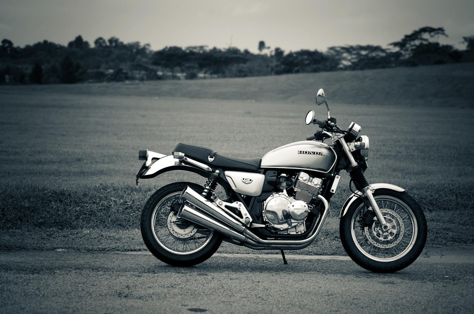 Honda CB400 Four Fully Restore (Sold) - Custom Burner